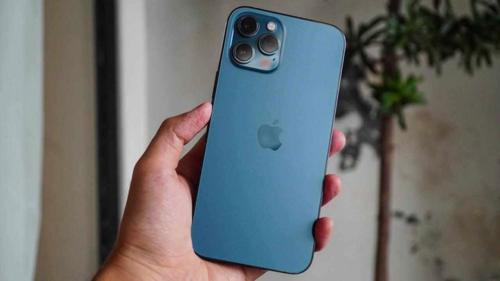 The overall design of the iPhone 12 Pro Max.