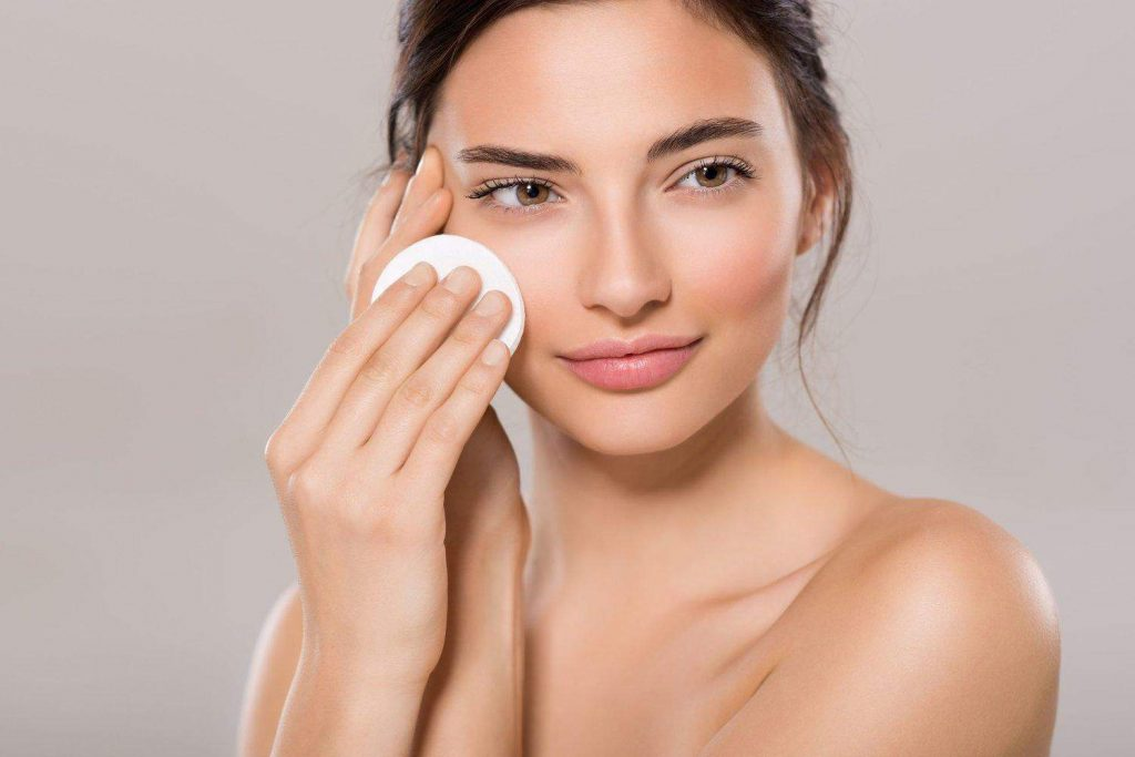 Remove makeup from natural ingredients