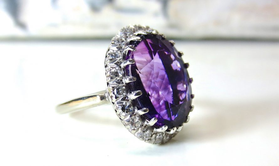Buying Birthstone Jewelry: When is the Best Occasion?